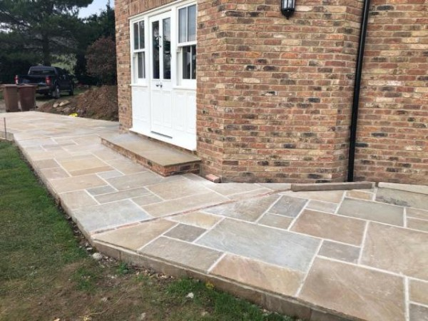 Rustique Indian Sandstone Patio Pack - 20 sq m (Mixed Sizes)